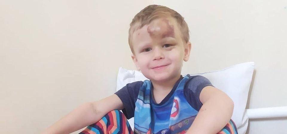 Гнойный менингит и заболевание крови: каменчан просят помочь маленькому Артему