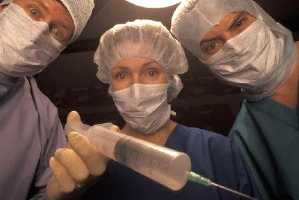 Юрист публічно закликає очільника МОЗ зупинити примусову вакцинацію проти COVID-19